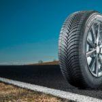 Celoroční pneumatiky: v čem se liší od letních a zimních a jaké mají (ne)výhody?